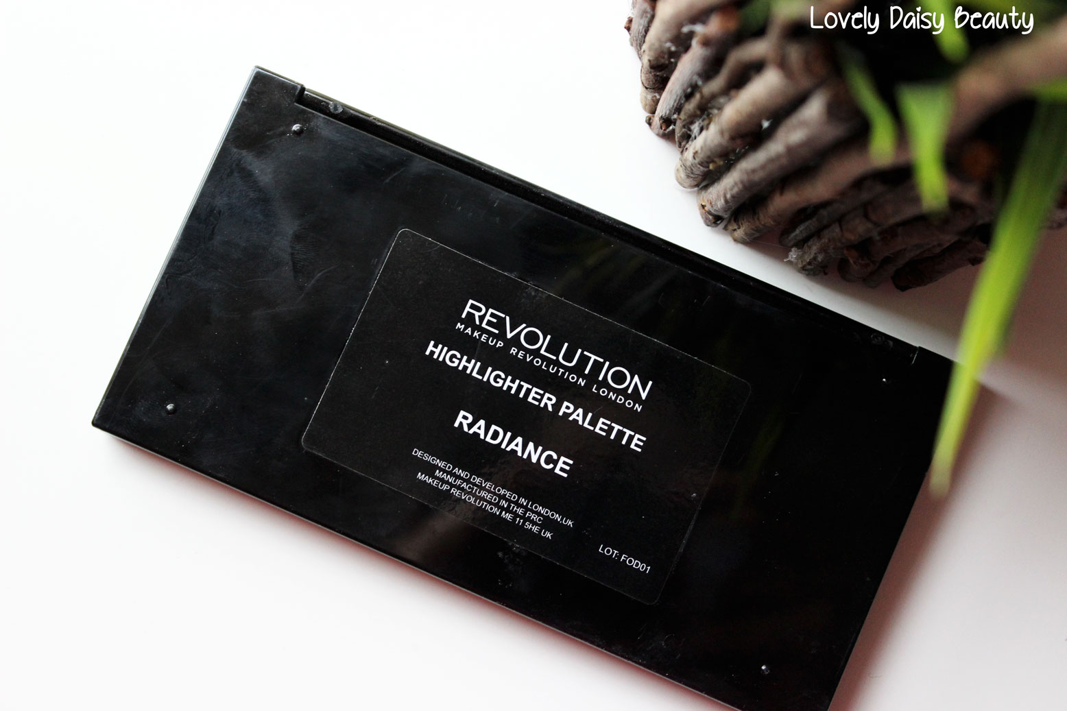 radiance palette makeup revolution