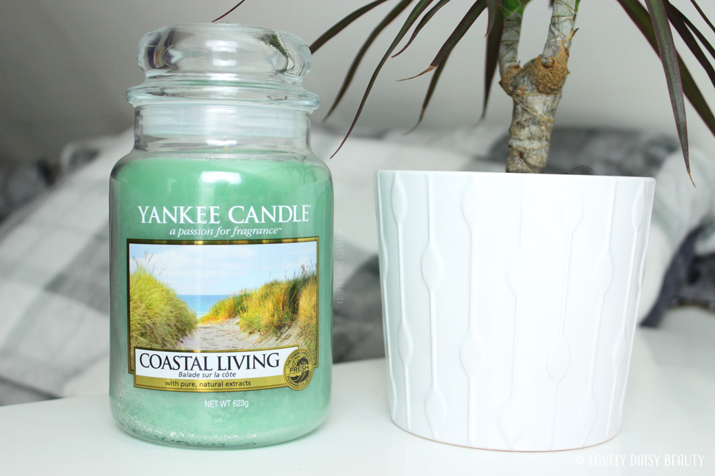 Yankee Candle Coastal Living Candle Large Jar 1