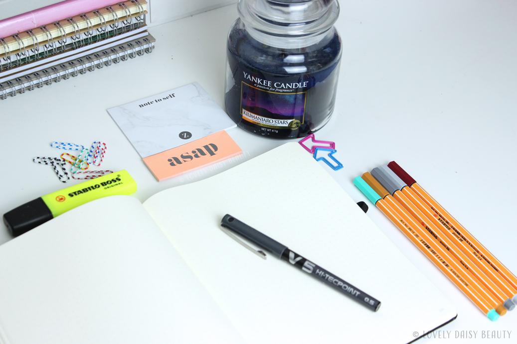 bullet journal starter kit avec quoi commencer with emilie lifestyle beauty. Black Bedroom Furniture Sets. Home Design Ideas