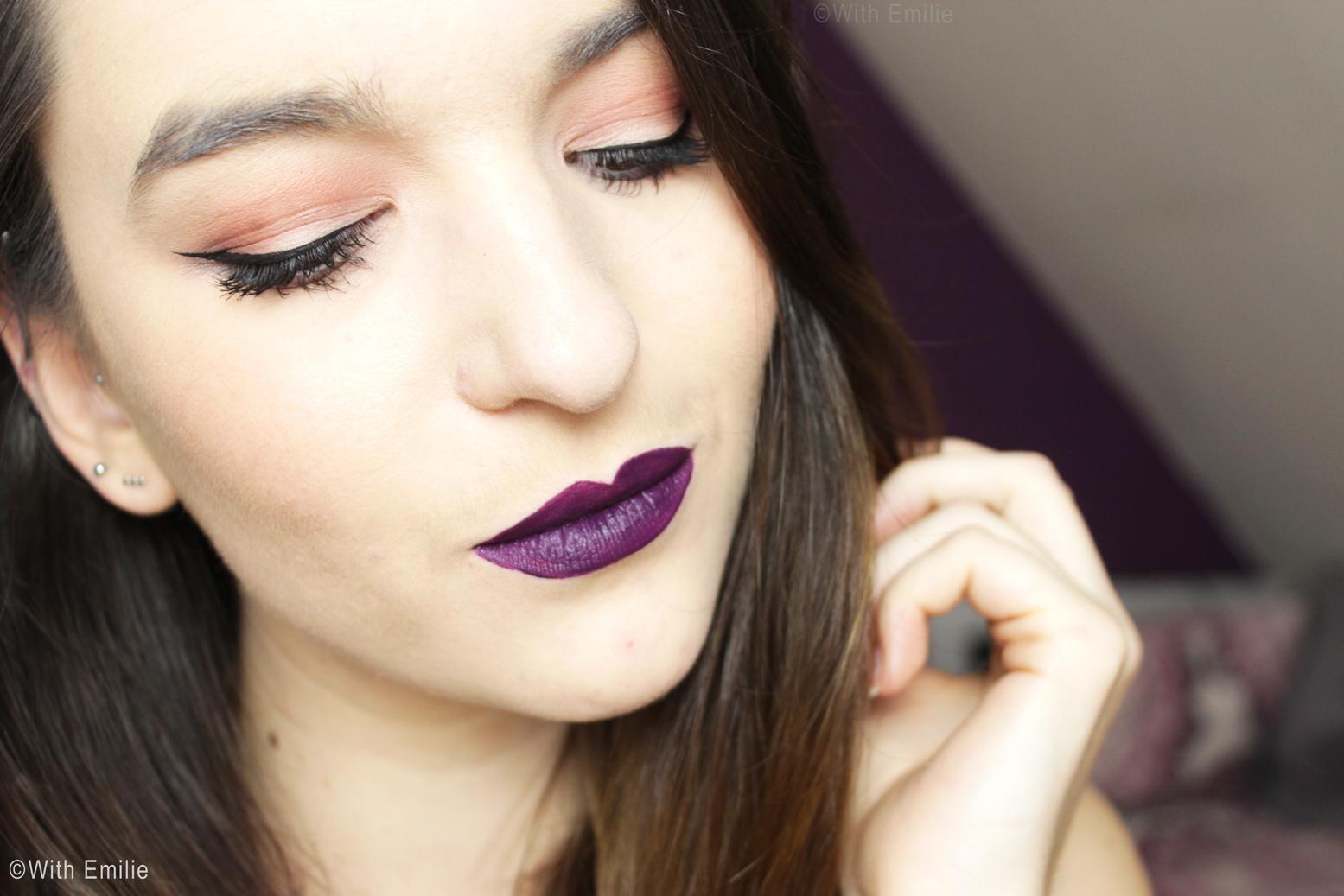 Automne-lèvres-foncées-maquillage-Fall-Makeup-Look (4)