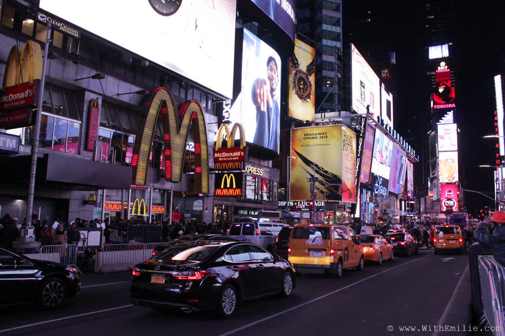Travel-Diary-New-York-Times-Square-WithEmilieBlog-7905