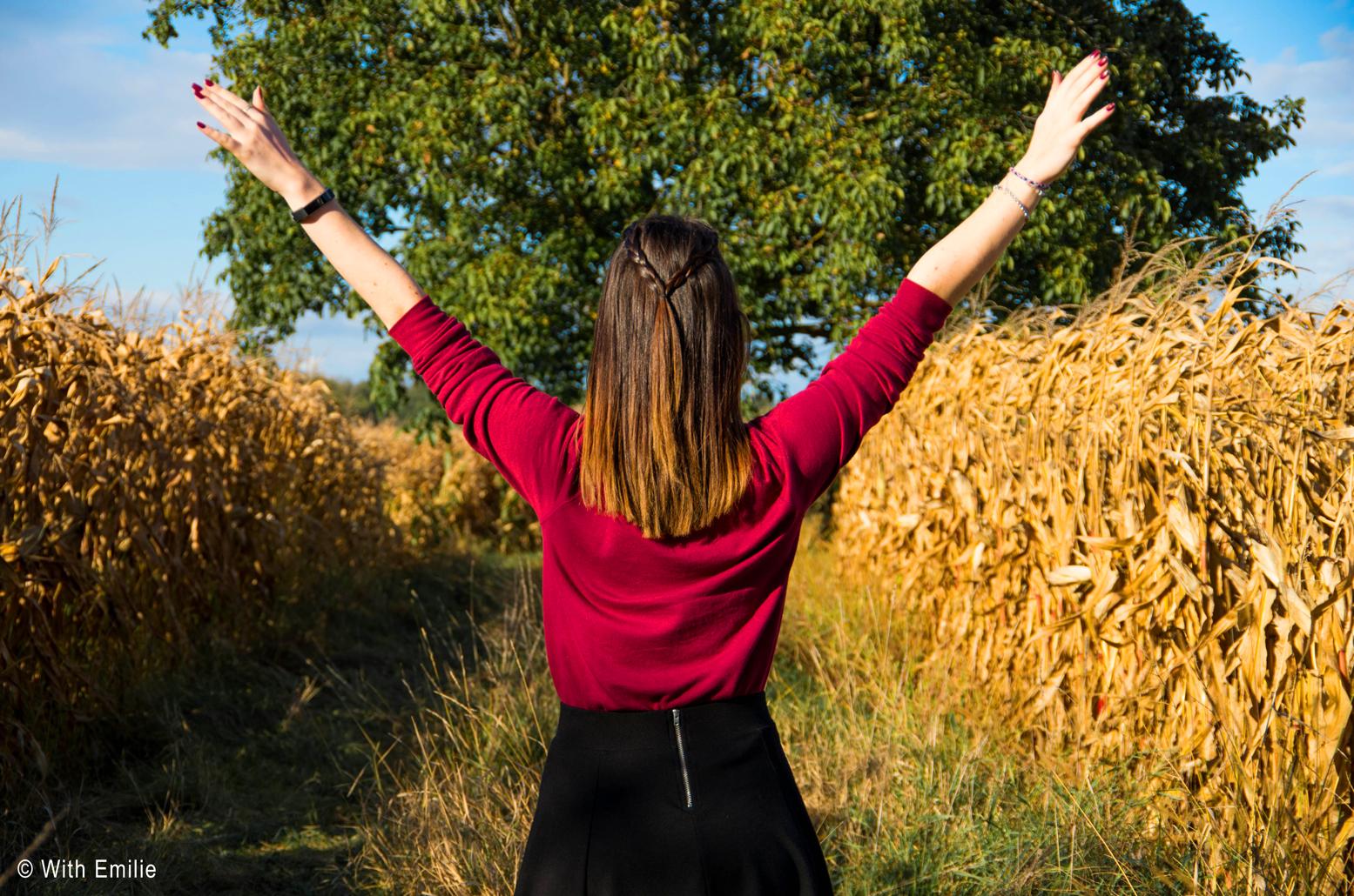 Fall-bucket-list-Fall-photoshoot-WithEmilie