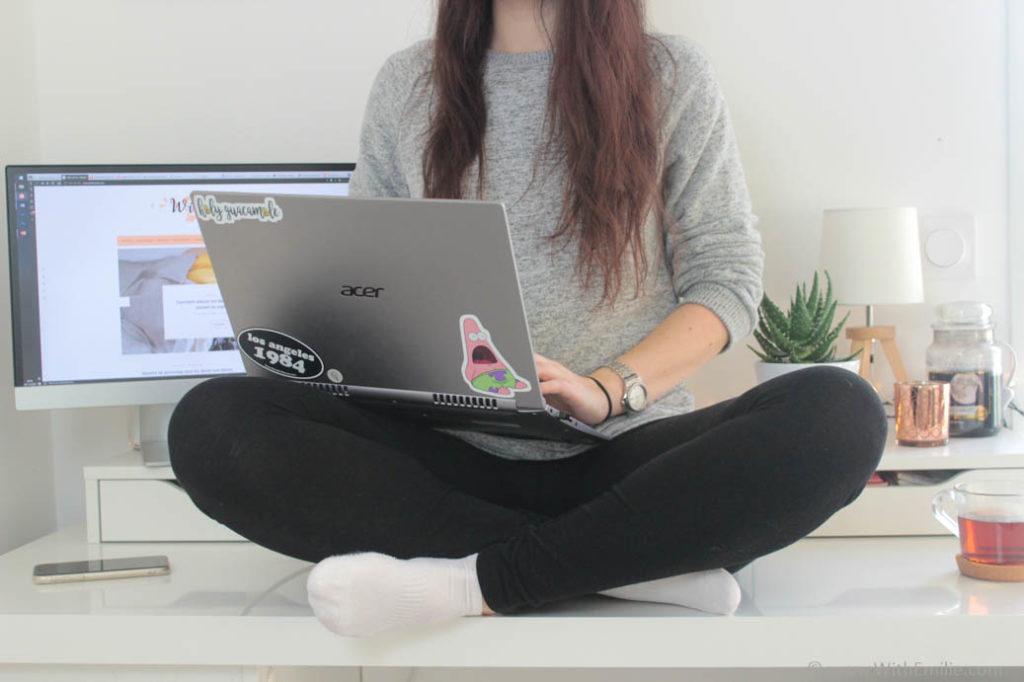 Mes-10-conseils-pour-bien-vivre-le-télétravail-WithEmilieBlog3